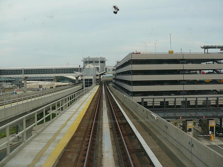 New York, repülőtéri vasút
