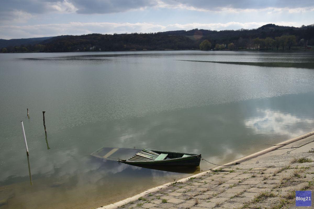 Tavasz a Pécsi tónál