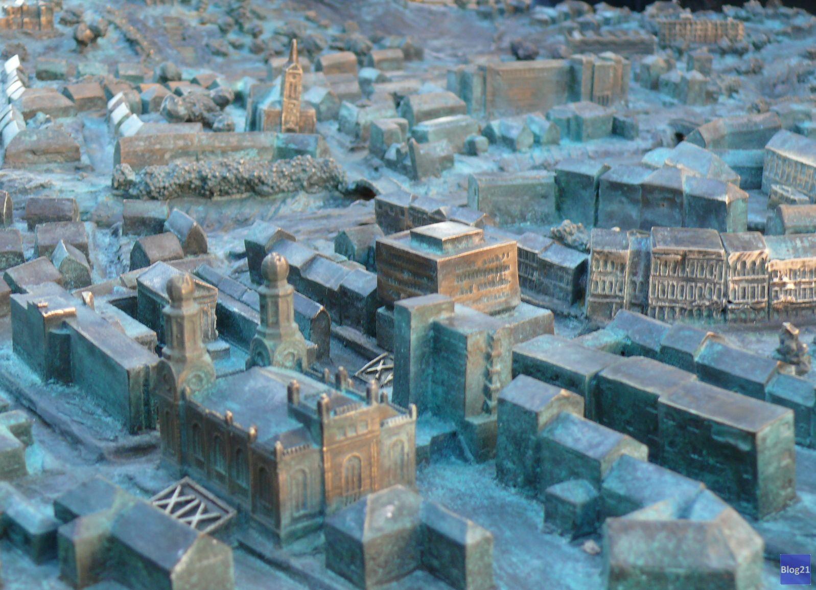 Szombathely, városmakett, Fő tér