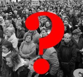 Csütörtök esti tüntets Jordán Tamás mellett (Fotó: Büki László/MTI)