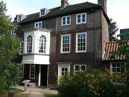 A Hogart's House