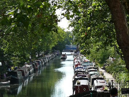 Nem egy tipikus londoni utcakép