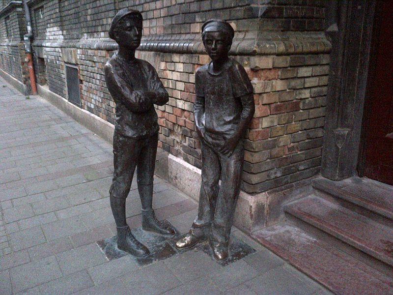 Pál utcai fiúk  szoborcsoport, Budapest, Práter utca