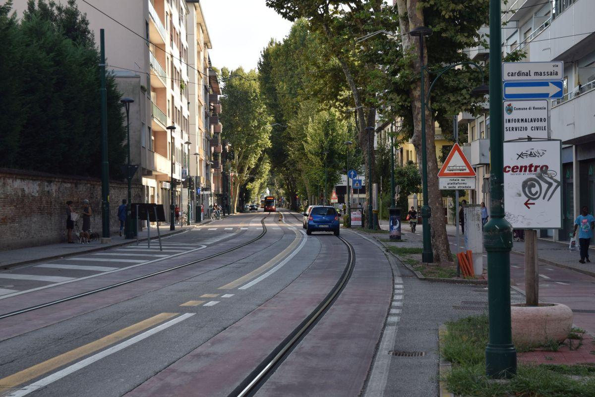 A szálloda előtti Via Cappuccina