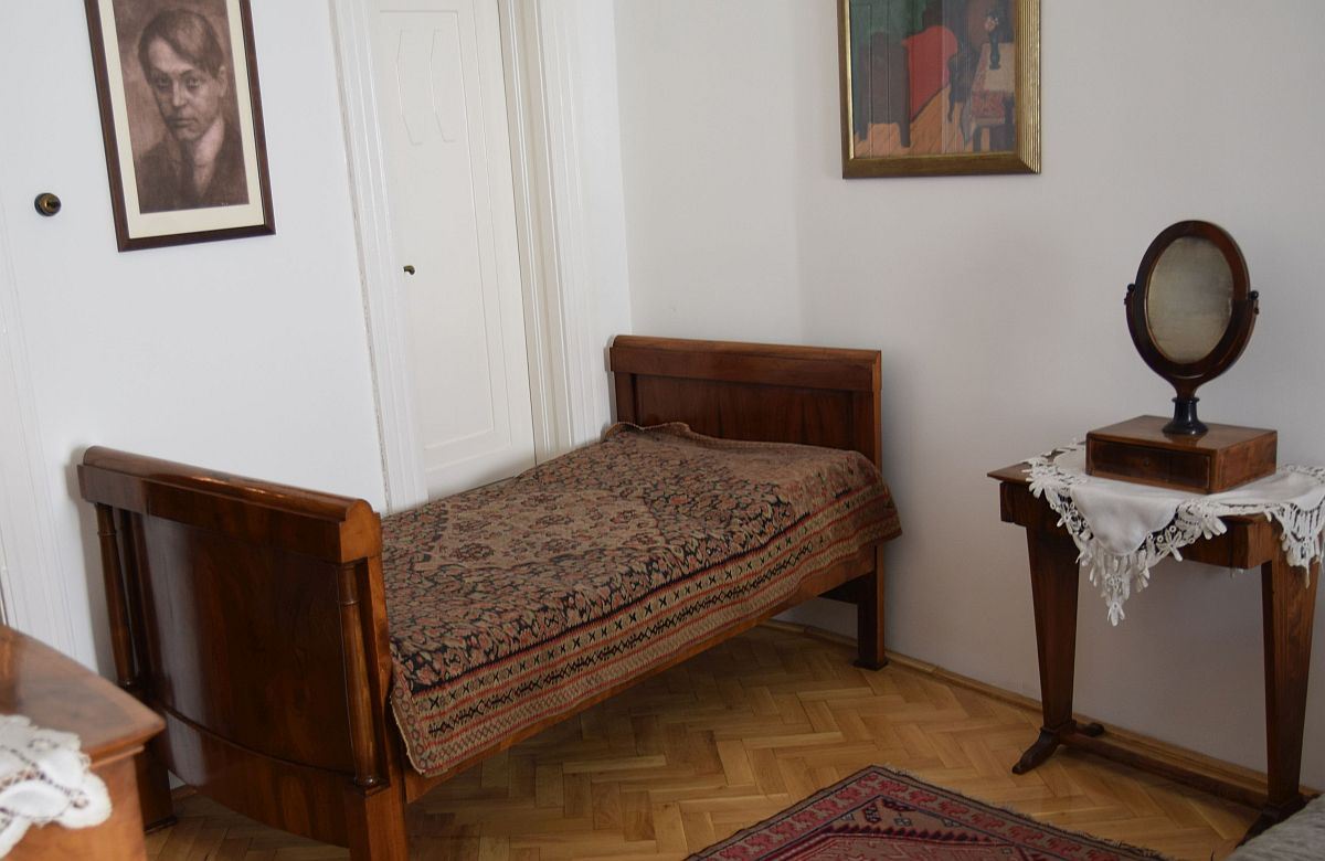 Ez volt Ady Endre szobája